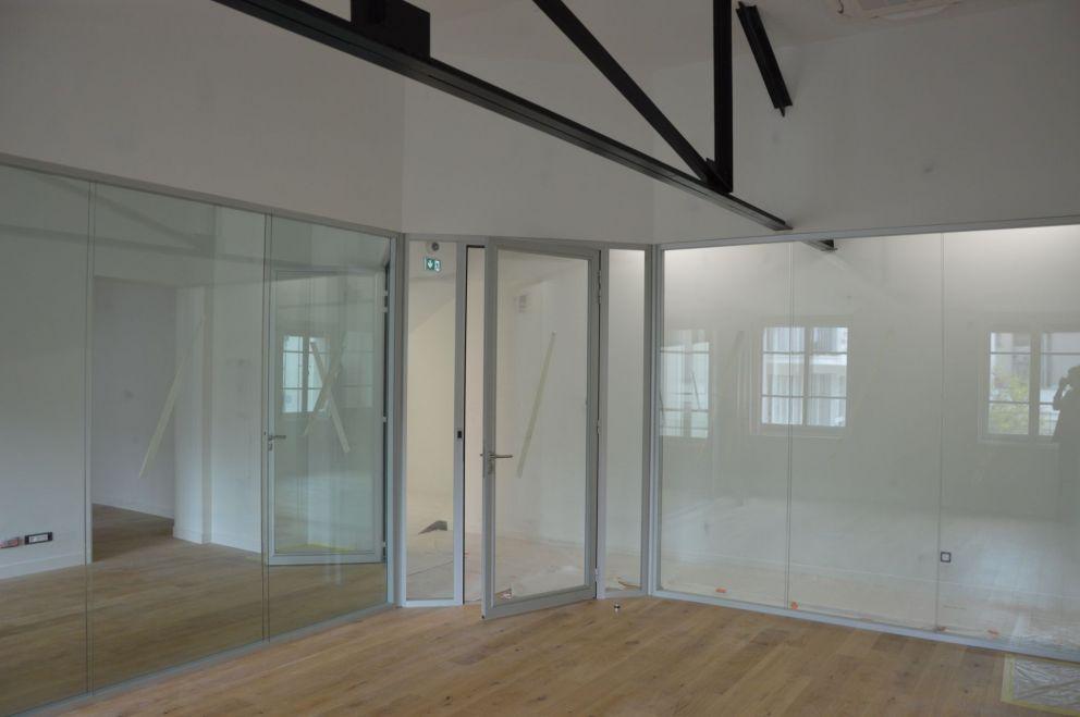 Rénovation et aménagement de bureaux et atelier de mécanique
